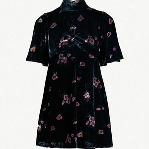 "🆕Free People | ""Be My Baby"" Floral Velvet Dress"
